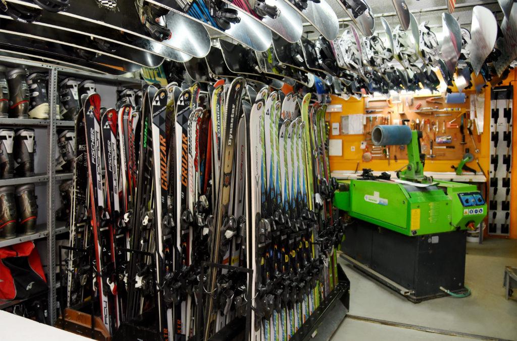 alquiler de equipos y taller en sierra nevada