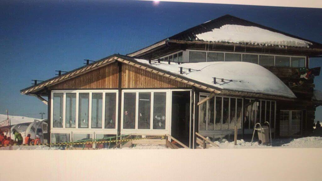 Dreamland Alpine Garden Cabin